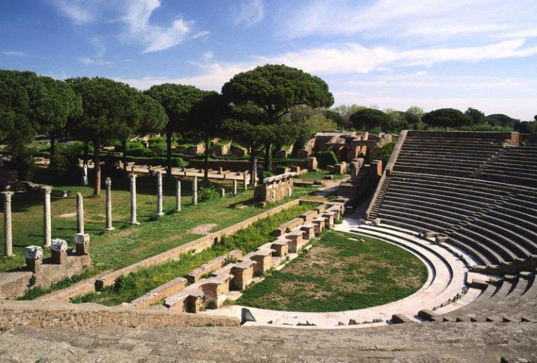 Transfer Roma/Ostia Antica: noleggio auto con conducente a Roma