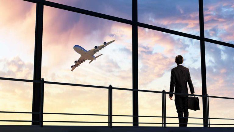 Trasferta di lavoro? Raggiungi l'aeroporto senza stress con Decus