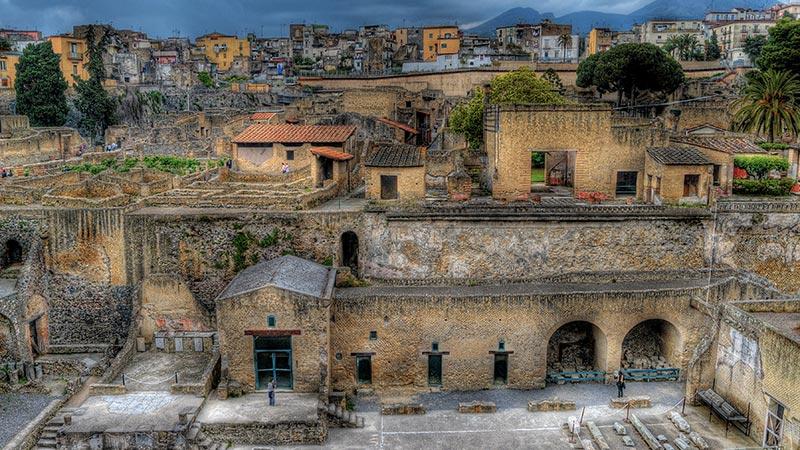 Tour Full Day Ercolano e Napoli