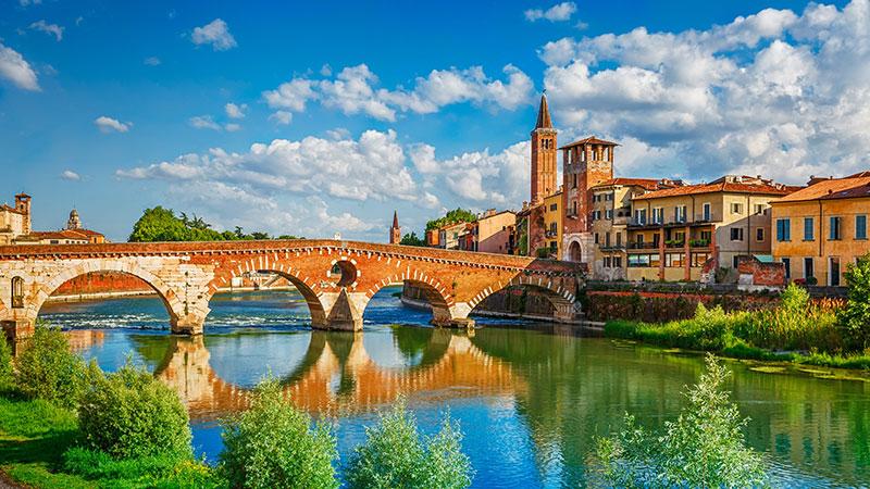 Verona, sulle orme di Romeo e Giulietta - Tour full day da Milano